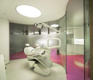 Dentista Raquel Gómez en Burgos